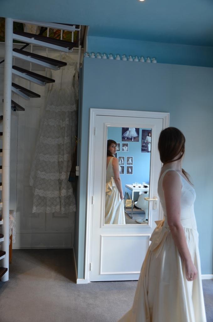 prova brudklänning Laura Dols Amsterdam