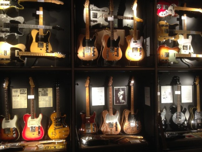 Guitars museum b-bender